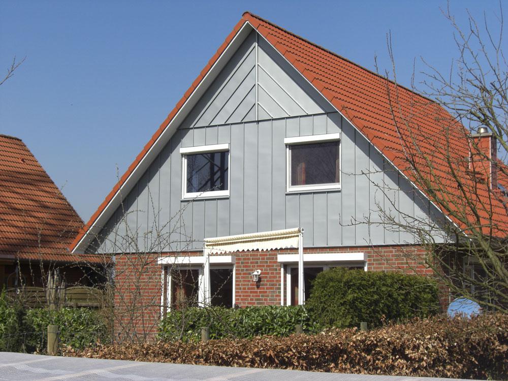 giebelverkleidung jens l hden dachdeckermeister 21702 ahlerstedt. Black Bedroom Furniture Sets. Home Design Ideas
